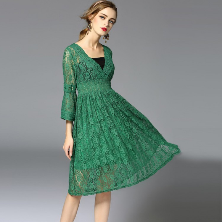 Green Slimming Embroidered Lace Trumpet Sleeves High-waisted Dress