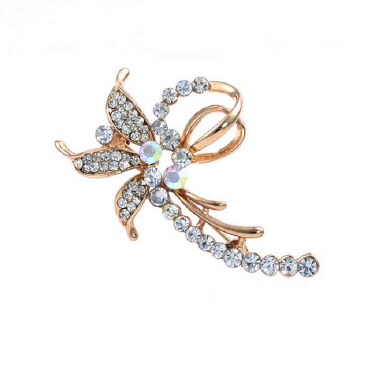 Diamond-encrusted Flower Brooch