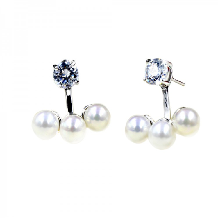 Three pearls earrings