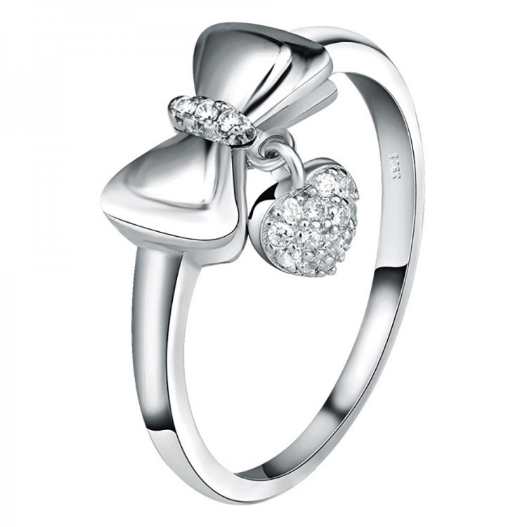 Bow heart-shaped diamond ring