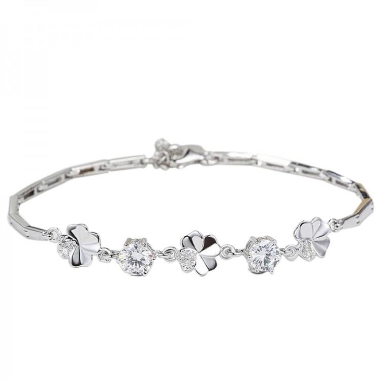 Lucky Clover Zircon Bracelet
