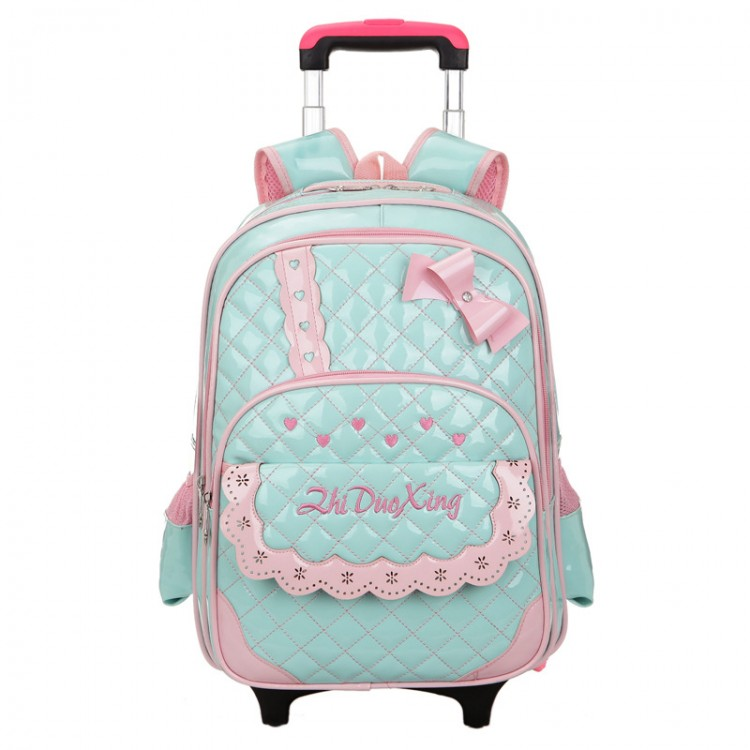 Qulited rolling luggage
