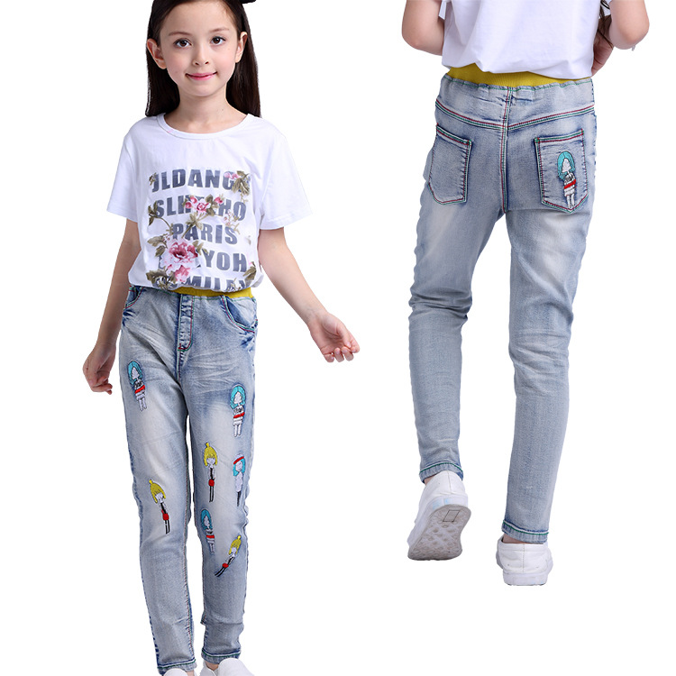 Cartoon character patch pull-on jeans