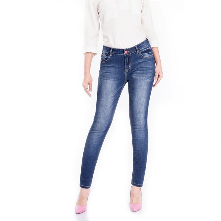 Women's Sculpted Skinny Jeans